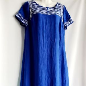 Gibson Latimer Embroidery detail shift dress